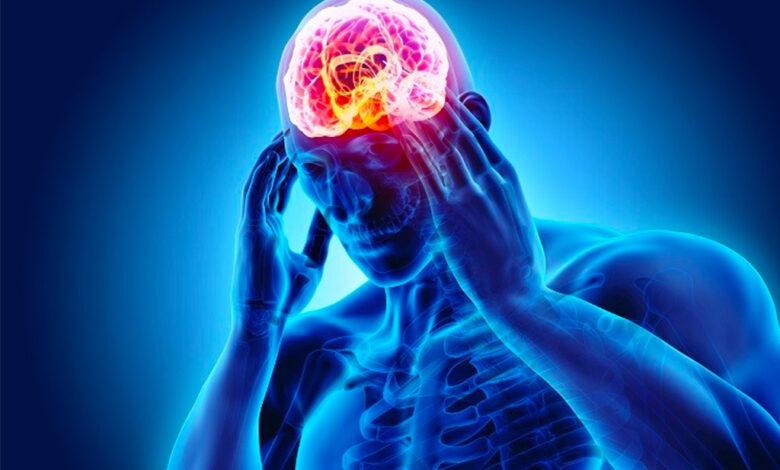 تصویر از جراح و متخصص مغز و اعصاب کیست؟